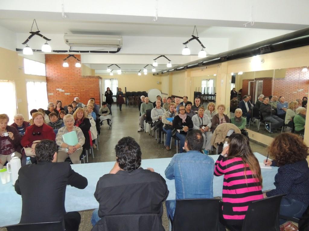 Reunión de jubilados y pensionados en el STMO