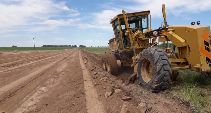 Con un 70% de avance continúan los trabajos en el Camino de la Ruta 226 Vieja