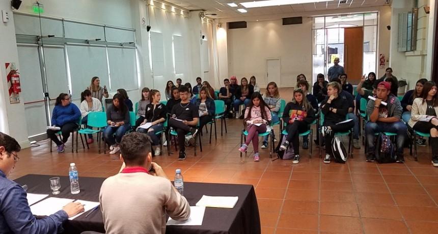 Los concejales estudiantiles tuvieron sesión y aprobaron varios proyectos
