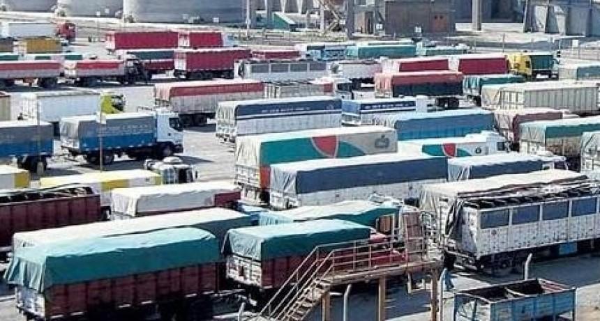 Hubo acuerdo con el Gobierno, y transportistas desactivaronel  paro