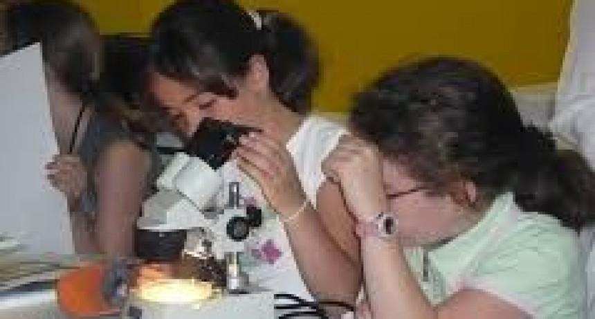 Difusión de la ciencia en escuelas rurales
