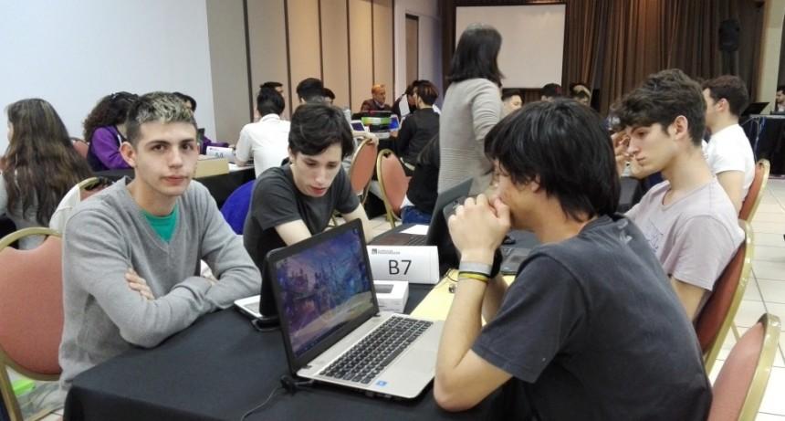 """Alumnos de la Técnica Nº2 """"Luciano Fortabat"""" en las Olimpíadas Nacionales de Programación / Computación/ Informática."""