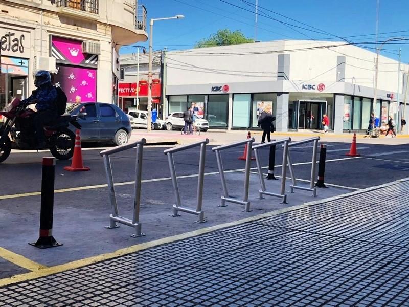 Nuevos bicicleteros en el centro de la ciudad