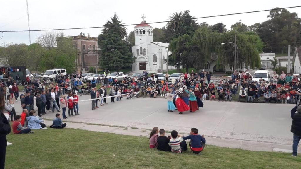 Sierras Bayas festejó su aniversario y hubo mención al cierre de Cemento San Martín