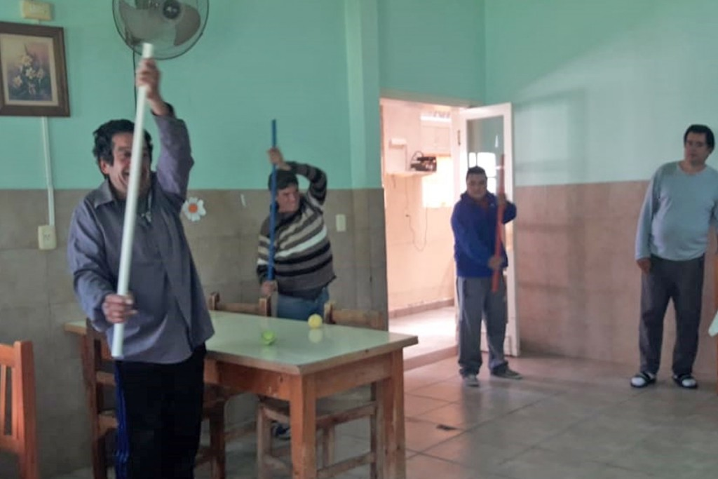 Clases de Gimnasia en el Hospital Municipal de Espigas