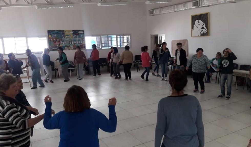 Conociéndonos: los adultos de la Escuela 702 en el NIDO de El Progreso