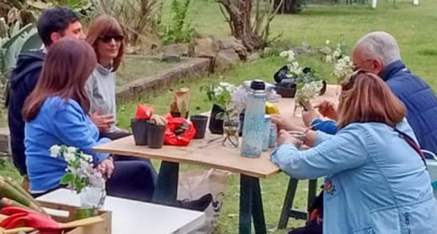 A Sacarse las Espinas: taller y encuentro sobre aficionados de Crasas Cactáceas