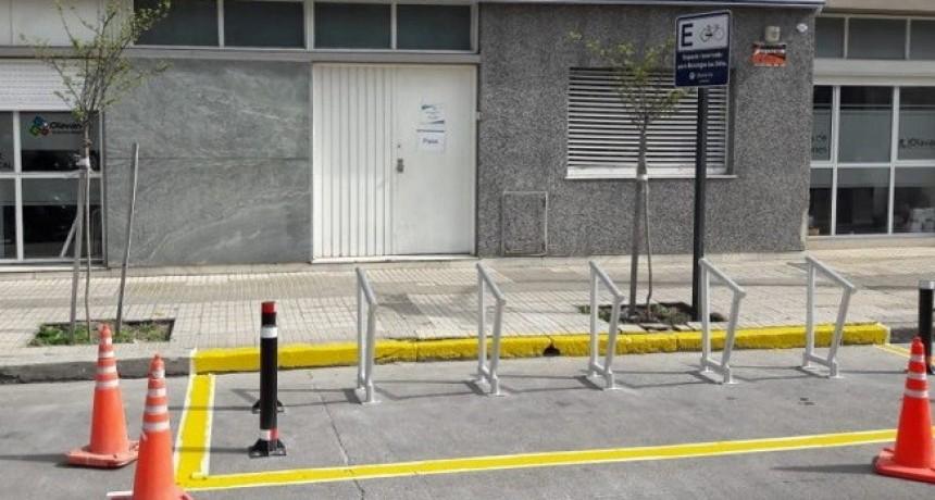 Olavarría sustentable: se instalan estacionamientos exclusivos para bicicletas
