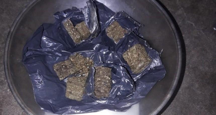 En la Unidad 17 de Urdampilleta, le llevó marihuana en las milanesas
