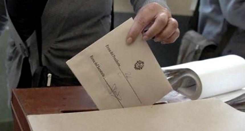 Uruguay vota para mantener a la izquierda o volver a la derecha tradicional