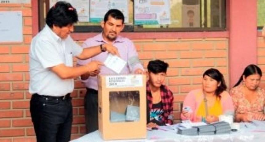 Evo desafía a la región y a la OEA a revisar la elección y promete balotaje si hay fraude
