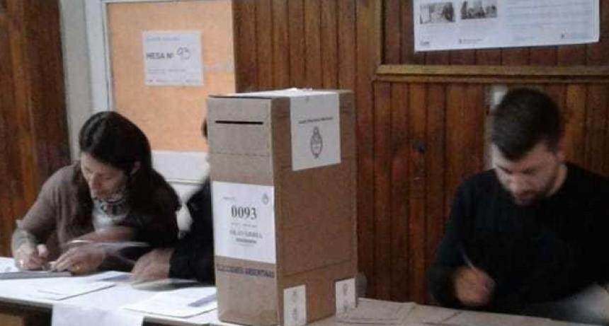 Más de 33 millones de argentinos están habilitados para votar este domingo