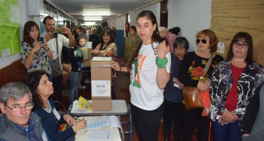 Almeida con las expectativas en la lucha de la Izquierda