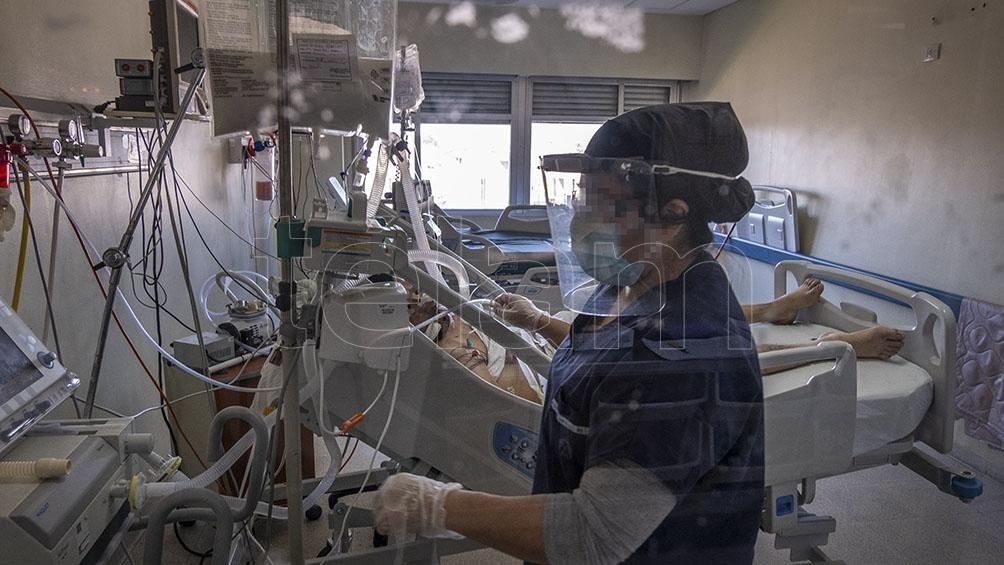 Otras 515 personas murieron y se suman 15.099 nuevos casos de coronavirus en la Argentina