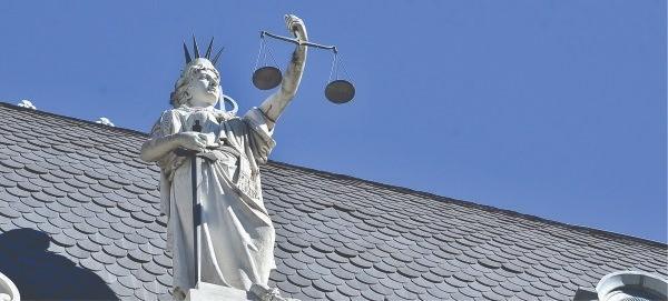 Judiciales: rechazo de la propuesta y paro de actividades