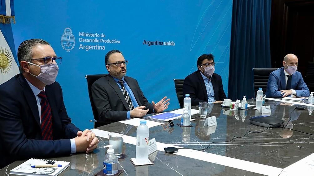 El Acuerdo Económico y Social se inició con 10 puntos de consenso entre empresarios y sindicalistas