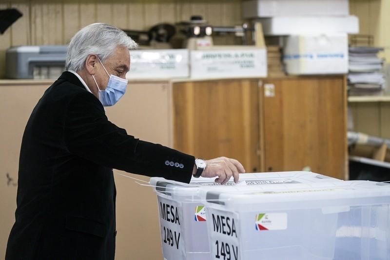 Chile plebiscita el cambio en la Constitución pinochetista