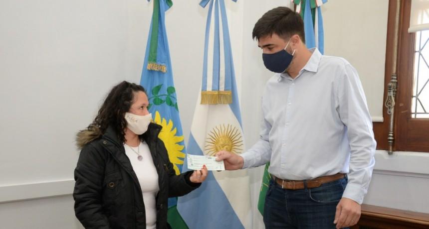 Ezequiel Galli encabezó una nueva entrega de créditos CONAMI