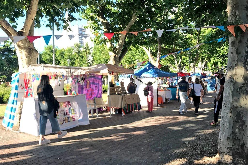Feria de Artesanos Municipales Fiscalizados