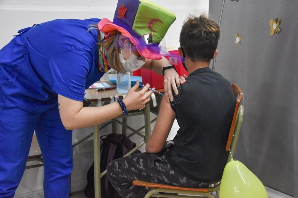 Campaña de vacunación contra el COVID 19: este domingo se aplicaron 1719 dosis