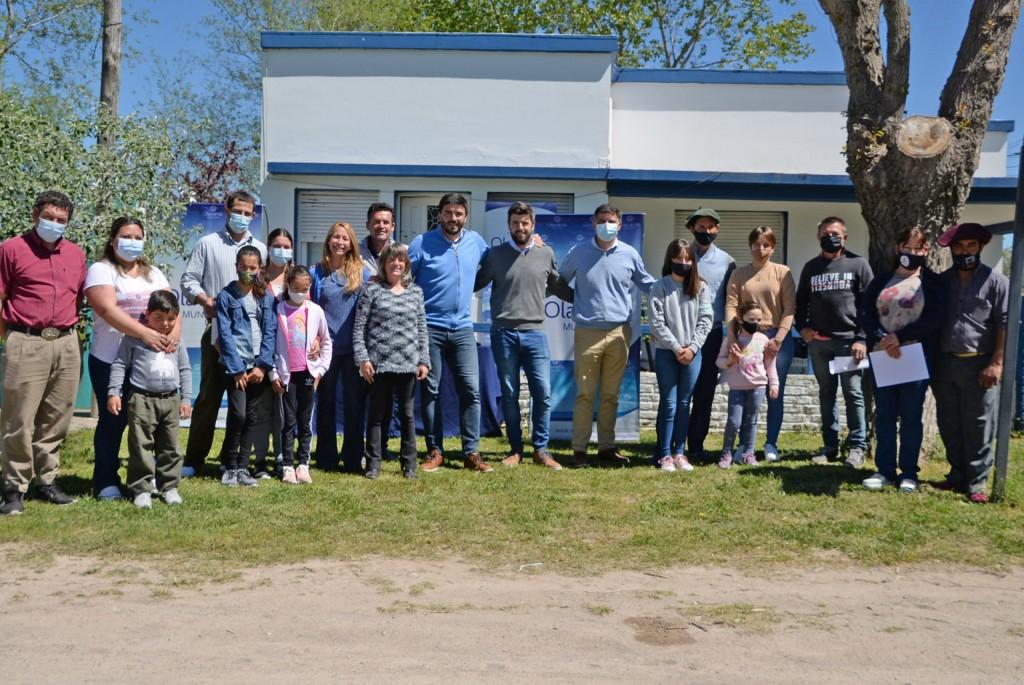 Se realizó el acto de entrega de tenencia de terrenos en la localidad de Santa Luisa para familias de la comunidad rural