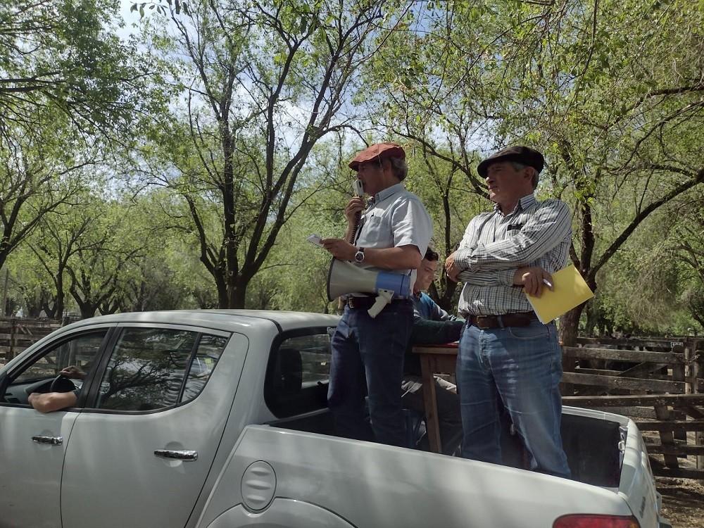 Se realizó este jueves el remate de Alzaga Unzué y Cía S.A. junto a Mario Esnal en Sociedad Rural de Olavarría