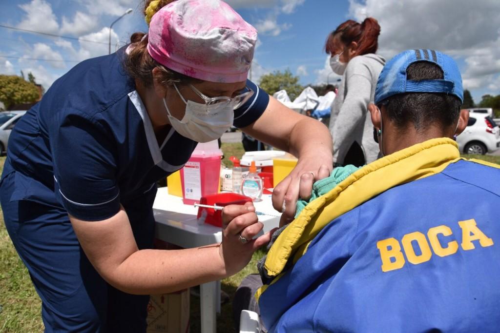 Campaña de vacunación: este sábado se aplicaron 808 dosis