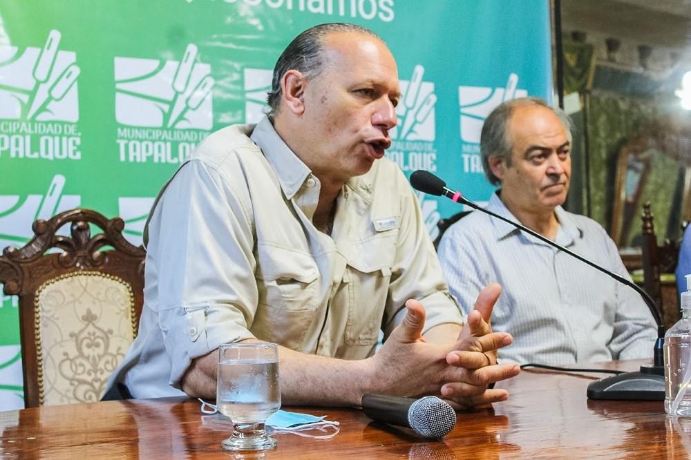Berni entregó vehículos para las fuerzas de seguridad de Tapalqué