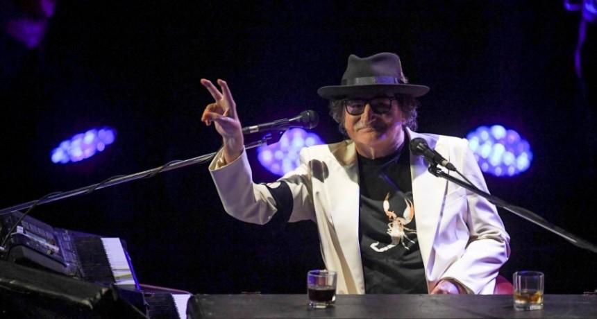 Charly cumplió 70 años y volvió al escenario por un ratito
