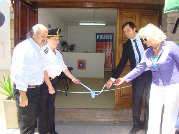 Bolívar: el Ministro de Seguridad Alejandro Granados inauguró  la Comisaría de la Mujer