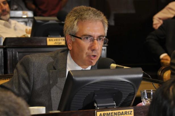 """""""Apoyaremos tratar el Presupuesto 2014, pero no aprobaremos más aumentos"""""""