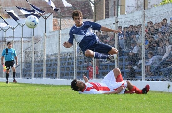 La Liga de fútbol programó la actividad local
