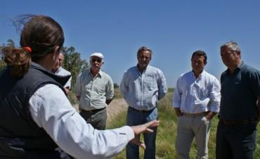 Caminos Rurales: se realizó una reunión de la Mesa Agropecuaria local y se supervisaron obras