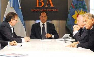 Scioli con autoridades de SMATA y empresarios italianos