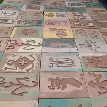 """En """"La casa de Helen"""" venden cerámicas ornamentales para la construcción"""