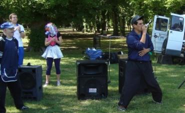 """Encuentro de Educación Física Integrada en el Parque """"Helios Eseverri"""""""