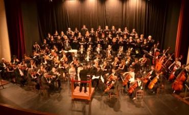 Se recaudaron 12 mil pesos para Talleres Protegidos en el concierto de la Sinfónica Municipal