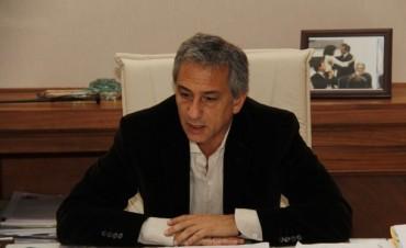 """José Eseverri: """"se trata de pagar deudas sociales"""""""