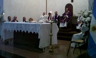 Fátima: la comunidad se congregó en la  misa de desagravio