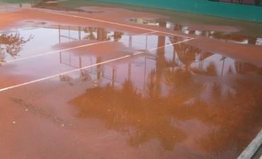 Tenis: Torneo de libres suspendido por la lluvia