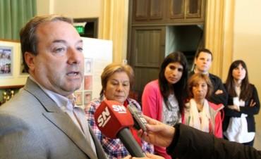 Azul: El diputado Caputo entregó subsidio al Festival Cervantino