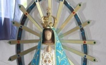 Una réplica de la Virgen de Luján llegó a la Unidad Nº 38