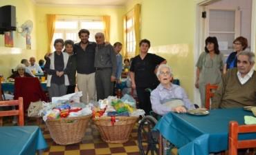 Visita al Hogar de Ancianos