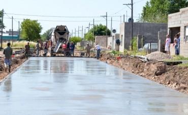 El Gobierno Municipal avanza con obras de pavimentación en distintos frentes