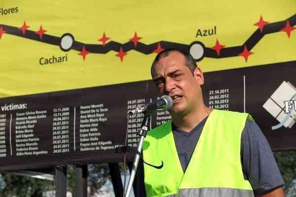 Reinauguran el cartel que pide por la Autovía 3