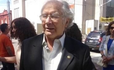 Adolfo Pérez Esquivel en Olavarría