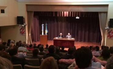 El Tribunal de Cuentas recibió a nuevos intendentes electos