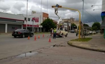 Se instala un semáforo en Pringles e Yrigoyen