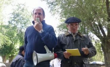 Remate Alzaga Unzué y Cía S.A. con Mario Esnal ayer, en Olavarría
