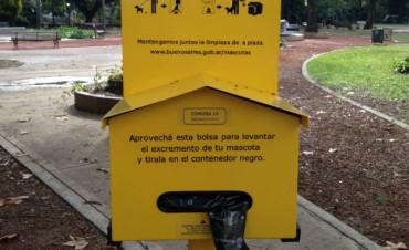 Habrá bolsitas para juntar deshechos de los perros en el Parque Mitre